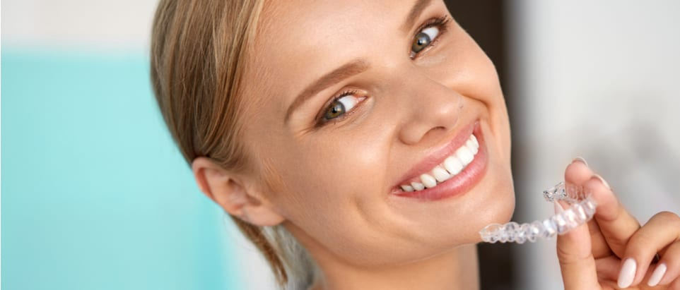 How Clear Aligners Straighten your Teeth 4